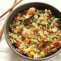 Riz cantonais au saumon Dim Sum, Fried Rice, Fries, Chinese, Hui, Cooking, Ethnic Recipes, Food, Cooker Recipes