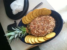 Pineapple cheese ball for spongebob party! Pineapple cheese ball for spongebob party! Second Birthday Ideas, 25th Birthday, 4th Birthday Parties, Spongebob Birthday Party, Party Food And Drinks, Halloween Food For Party, Cheese Ball, Pineapple, Sponge Bob