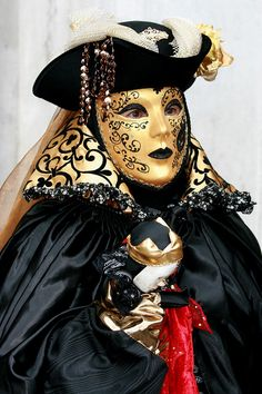 Italy / Carnival in Venice by Rudi Roels, via Flickr