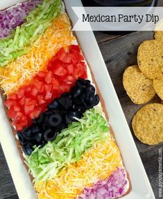 Mexican Party Dip _ Always a huge hit with any crowd! Arrange the toppings in rows as compared to just piling the toppings on. The presentation always wows! Serve with tortilla or corn chips for dipping. Mexican Buffet, Mexican Dishes, Mexican Food Recipes, Mexican Dinner Party, Mexican Fiesta Party, Taco Dinner, Dinner Club, Taco Bar Party, Party Dips