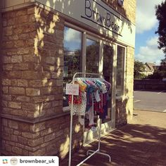 Bargains on quality kids clothing at @brownbear_uk in #witney  @brownbear_uk:Beautiful sunny morning here at Brown Bear! Lots of deals on pop down and see us!  #brownbear #sale #shopping #children #baby #toddler #kids #kidsclothes #salerail  #frugi #kitekids #cathkidston #piccalilly #babyfashion #babyshower #bargain #organicclothing #shoplocal #toddlerstyle #oxfordshire #cotswolds #twitter