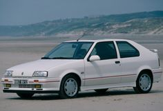 Renault 19 The Renault 19 was a small family car produced by the French manufacturer Renault between 1988 and Released in Citroen Zx, Ferrari 348, Corvette Zr1, Nissan, Mk1, Retro Cars, Vintage Cars, Peugeot 309 Gti, Alfa Romeo Sz