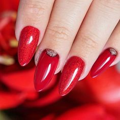Red Glory 74 Black Pearl  #nailart #nailsoftheday #nails #nail #hybrydnails #hybrydymanicure #preenmevip #instanail #nails2inspire #paznokciehybrydowe  #paznokcie  #sarahsnailsecrets #nails #nailswag #gelnails #winternails #nailru #nailstagram #nailitdaily #nailpro #czerwonepaznokcie #instagramnails  #beautifulnails #trna #livelovepolish  #bpnails #pastelnail #christmasnails #święta