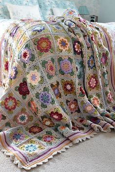 Crochet Granny Square Patterns Painted Roses Blanket Crochet pattern by Sandra Paul Crochet Afghans, Crochet Quilt, Crochet Blanket Patterns, Crochet Stitches, Knit Crochet, Crochet Fabric, Knitting Patterns, Crochet Roses, Flower Crochet