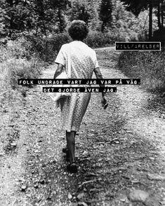 """WEBSTA @ villfarelser - """"På väg"""" #villfarelser #påväg"""