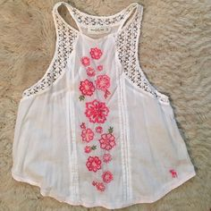 Abercrombie tank Perfect light feel. Good condition! Beautiful floral print. Perfect for summer. Abercrombie & Fitch Tops Blouses
