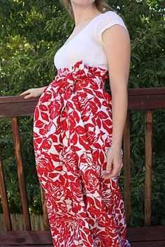 DIY Maternity dress, using a t-shirt and making a skirt to attach.