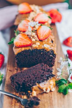 chocolate cake with peanut butter caramel topping!! Easy vegan . Recipe