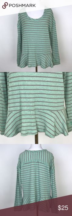 """[Free People] Striped Knit Peplum Tee Mint Thermal 3/4 sleeve scoop neck tee. Textured waffle knit. Peplum hem. Loose fit. Raw edges. We The Free by Free People.   🔹Pit to Pit: 21"""" 🔹Length: 24"""" 🔹Condition: Excellent pre-owned condition.  *P13 Free People Tops Blouses"""