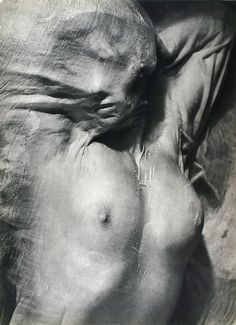 'Nude under wet silk', 1936 Photographed by Erwin Blumenfeld Hans Richter, Jenny Holzer, Francis Picabia, Alfred Stieglitz, Action Painting, Nude Photography, Inspiring Photography, Fashion Photography, Great Shots