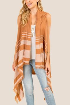 The Alessandra Hooded Ruana Vest features a hood and frayed hemline. Spring Fashion Casual, Spring Outfits, Autumn Fashion, Simple Style, Hemline, Amber, Casual Outfits, Kimono Top, Vest