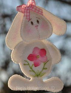 Felt bunny, no tutorial