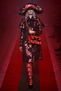 Gucci | Ready-to-Wear Spring 2017 | Look 51