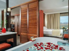 Hotel & Resorts - Interiors : Sheraton Salobre, Canary Islands : Roger Méndez, professional hospitality, Luxury hotel & resorts, interior & exterior photography, gastronomy, travels, architecture & advertising photographer