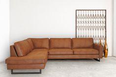 Home Interior Design, Interior Decorating, Living Room Sofa Design, Metal Clock, Modular Sofa, Living Room Lighting, Sofa Furniture, Metal Walls, Home