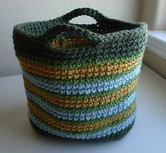 free pattern for crocheted tote bag #crochetpattern