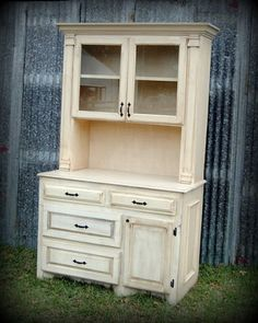 Kitchen hutch: I would love something like this in my kitchen.