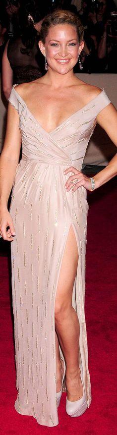 Kate Hudson red carpet long dress #formal #fashion #dress