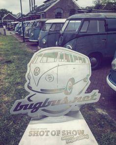 "—::: Get the bUGbUs.nEt and AirMighty Instagram photo contest ""shot of show"" trophy :::— . ENTERING is EASY just use the following tree hashtags: #bugbus #benpon #bb_award . . #vwshow #volkswagen #bestshowever #bestshow #vw #vwbarndoor #top #wow..."