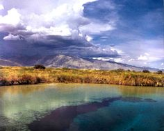 Cuatro Cienegas, Mexico. Right in the middle of the desert you find this beautiful eye water areas