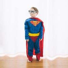 Time to save the world ⚡️>> Cool picture from @boginieprzymaszynie  #Superman . . . . . #kid #kidslife #instafun Kids #superman #ClarkKent #costume #deguisement #fato #costumi #disfraz #disfraces #deguisement