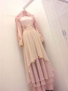 Long dress remaja rosak