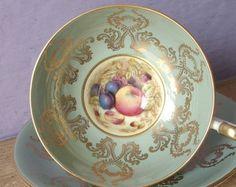 Antike Aynsley-Teetasse gesetzt, D Jones Obst Teetasse und Untertasse, englische Tee-Set, grüner Tee-Tasse, grün und gold Bone China Teetasse