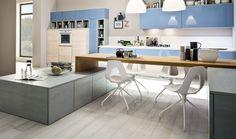 Che bello fare colazione o un break in una cucina Arrex. www.arrex.it   #kitchen #cucine #island #hood #bathroom #design #modern #miami #italian #diseño #cabinets #organized  #units #chairs