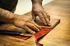 Cura del dettaglio, creatività e passione. Per molti un semplice taccuino, per noi è molto di più.
