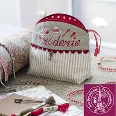 Trousse Ronde Broderie - Lin