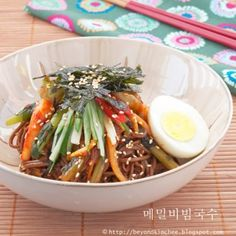 Cold Buckwheat Noodles w/ Spicy chili Sauce, Hot Sour Salty Sweet