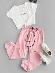 Letter Crop Tee and Jogger Pants Set USD Source by spotpopfashion de niña adolescente Cute Lazy Outfits, Crop Top Outfits, Pretty Outfits, Stylish Outfits, Cool Outfits, Girls Fashion Clothes, Teen Fashion Outfits, Cute Fashion, Look Fashion