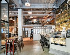A casual Italian eatery and bar located in JingAn district, Shanghai. The interior uses both industrial and natural elements to give it a warm but sleek interior. Terrazzo and brass contrast against distressed steel, concrete and shipping pallets. Pops of…
