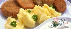 Recept Houbové řízky s bramborovou kaší a dresinkem Mashed Potatoes, Ethnic Recipes, Food, Meal, Essen, Hoods, Meals, Shredded Potatoes, Eten