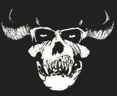 Danzig Skull, Misfits Band, Danzig Misfits, Rock Y Metal, Punk Poster, Satanic Art, Trash Art, Arte Cyberpunk, Demon Art