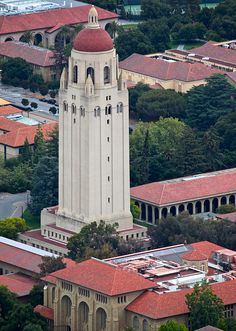 Hoover Tower, Stanford University, Palo Alto, CA. Photo: jurvetson, via Flickr