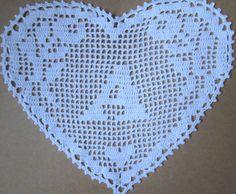 Monograma corazón hecho crochet filet, ganchillo, tapete, tapete, aplicación, cojines decorativos, corazón, tapetito de ganchillo blanco, Monograma corazón de ganchillo