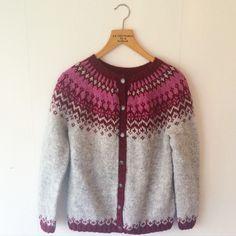 Sådärja! #knitting #lopapeysa #lettlopi #icelandsweater