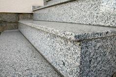 Používá se převážně ve stavebnictví.