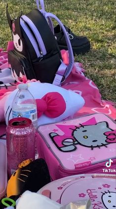 Hello Kitty House, Hello Kitty My Melody, Hello Kitty Items, Sanrio Hello Kitty, Aesthetic Grunge Outfit, Bad Girl Aesthetic, Pink Aesthetic, Kawaii Accessories, Everything Pink