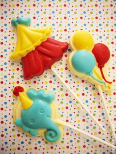 Bird's Party Blog: Cake it Pretty: Big Top Circus Party - DIY Chocolate Lollipops Party favors