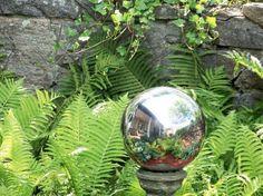 Make Mirrored Gazing Balls For The Garden