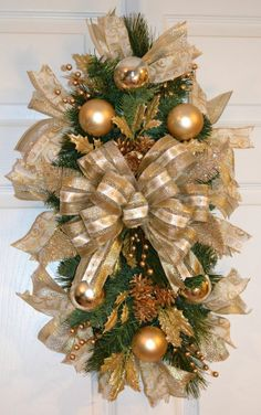 Gold Traditional Classic Christmas Winter Holiday Door Swag Wreath Arrangement