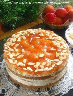 Tort cu caise si crema de mascarpone este un rasfat tocmai prin combinatia dintre fructe si crema mascarpone. Combinatia o gasesc magica, asa ca multe din deserturile de pe blog sunt pe aces… Romanian Desserts, Cake Recipes, Dessert Recipes, Torte Cake, Savoury Cake, Pavlova, Something Sweet, Sweet Bread, No Bake Cake
