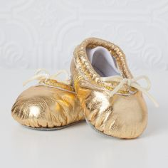 gold baby ballet slippers - we can't get enough of these tiny oh-so-sweet slippers for baby!