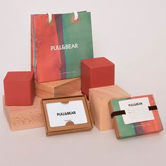 Pull N Bear, Usb Flash Drive, Packaging, Paper, Birthday, Christmas, Cards, Gifts, Facebook