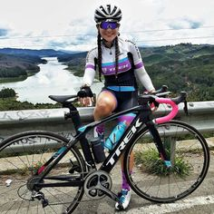 biking jersey in Diverse Women's Clothing Cycling Wear, Cycling Girls, Cycling For Beginners, The Sporting Life, Bike Kit, Female Cyclist, Mountain Bike Shoes, Cycle Chic, Models