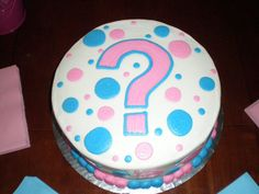 GENDER REVEAL CAKE. thinking about having a party :]