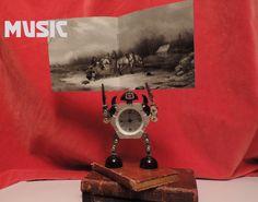 Métal Noir Québécois Wood Watch, Black Metal, Backdrops, Scene, Website, History, Accessories, Lily, Wooden Clock