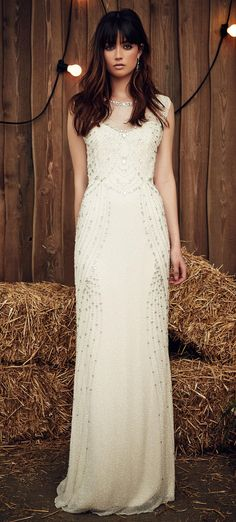 Celadon Green Hits the Runway at Jenny Packham's Gypsy-Inspired Spring 2017 Show | theknot.stfi.re